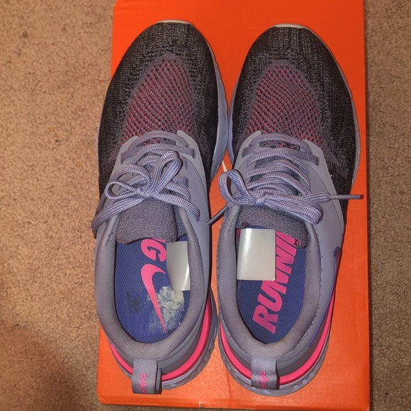 Nike running shoes, US 8.5
